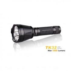 Тактический фонарь Fenix TK32  + аккумулятор в подарок